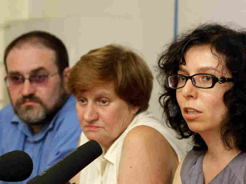 Igor Sutyagin's lawyer Anna Stavitskaya (right) speaks a news conference in Moscow Wednesday.