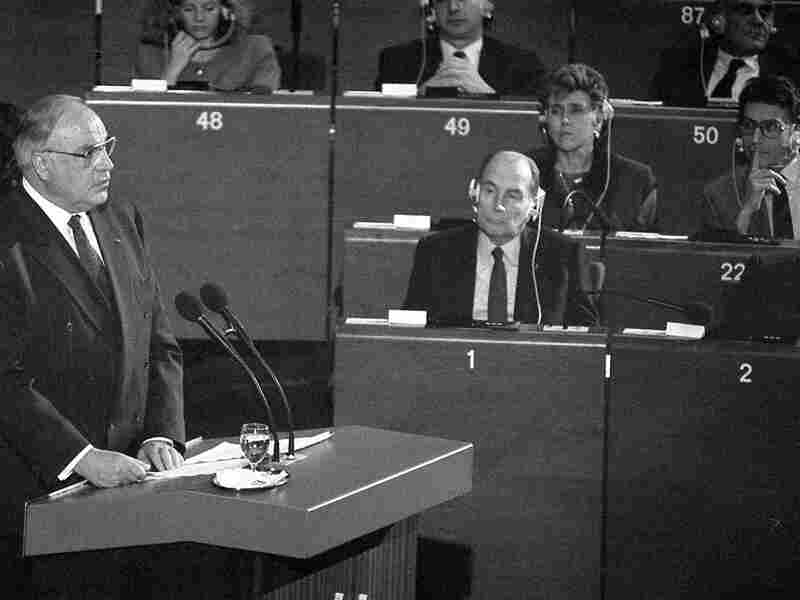 West German Chancellor Helmut Kohl speaks at the European Parliament in November 1989