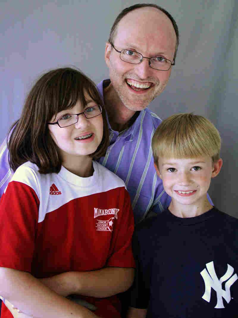 Eric Jones and his children Lanie and Alex,