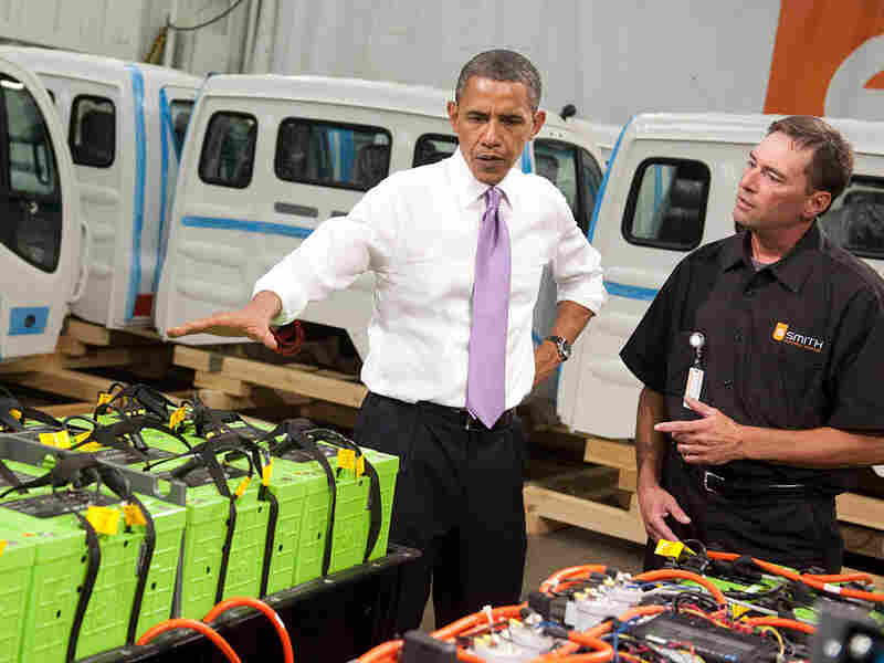 President Obama examines batteries for electric trucks