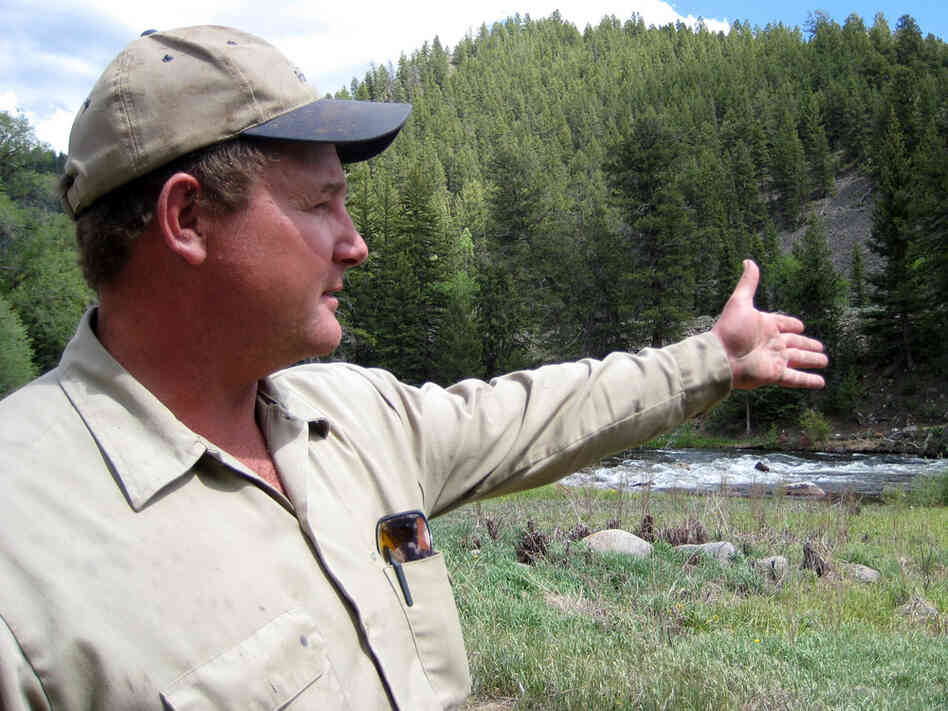 Don Sabrowski points to the stretch of the Taylor River that would have been banned for rafters.