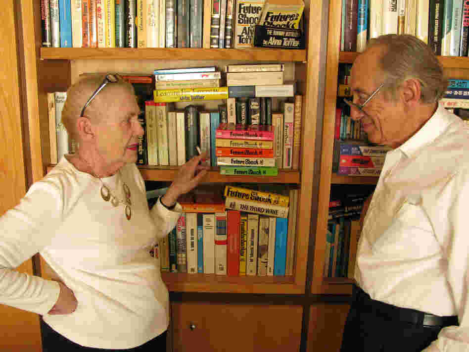 Author Alvin Toffler, right, with his wife Heidi, in their home in Los Angeles, Calif.