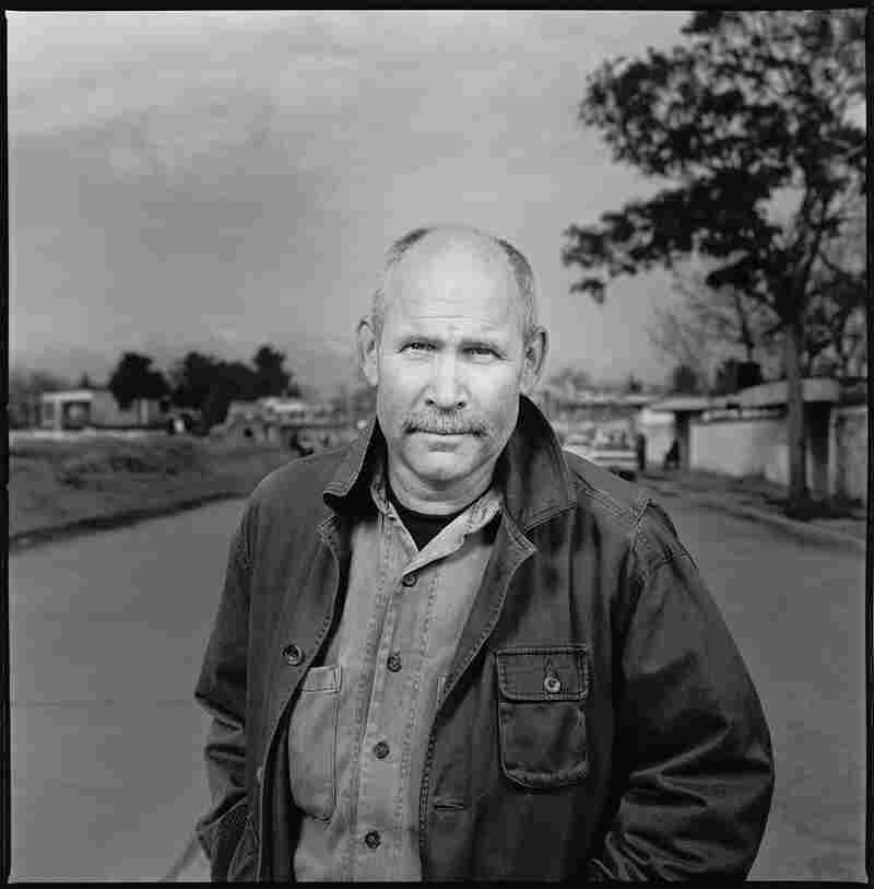 Photographer Steve McCurry, 2002