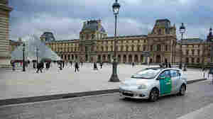 Paris' Popular Bike Rentals Spark Electric Car Plans