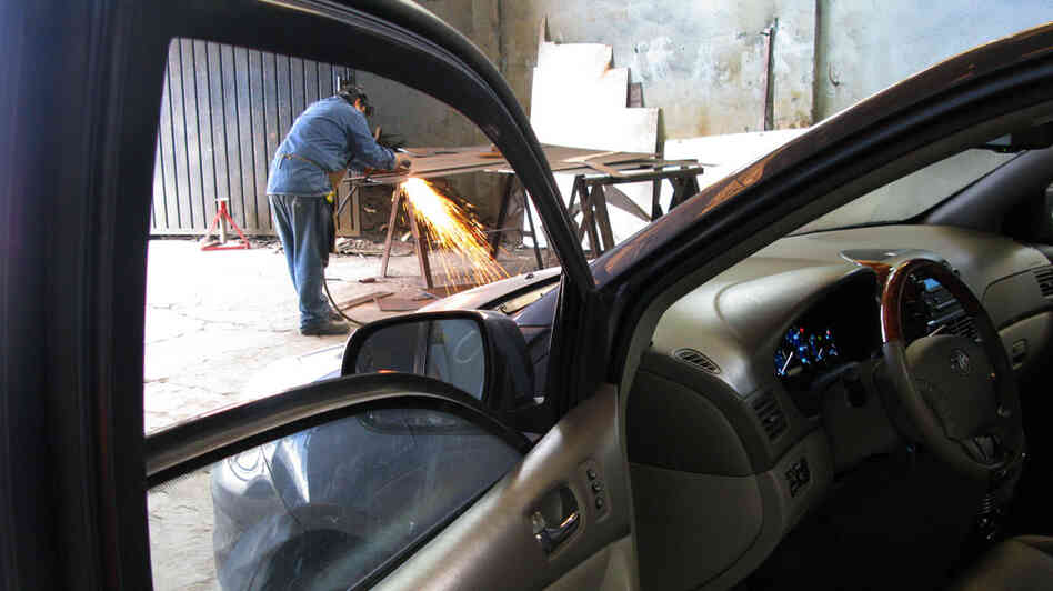 Amid Mexico S Drug War A Rush For Bulletproof Cars Npr