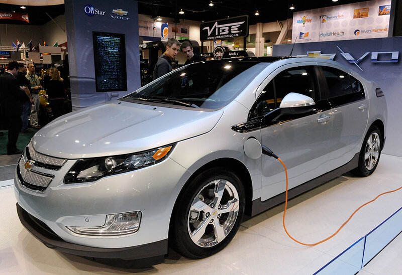 Will Consumers Buy The Chevy Volt And Nissan Leaf