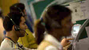 Outsourced Call Centers Return, To U.S. Homes
