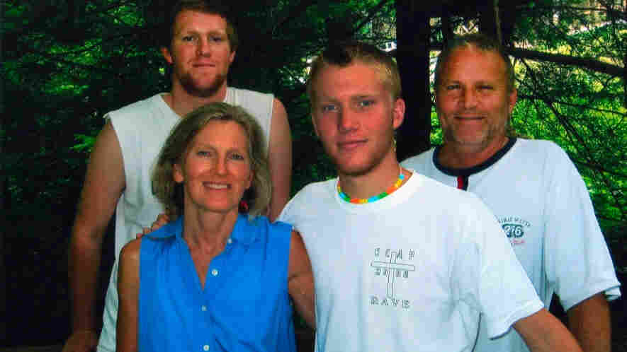 Jan and Linton (right) Weeks with their two sons Holt (second from right) and Stone (left).