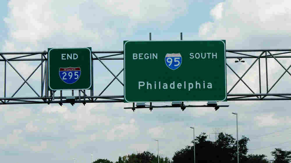 Signs indicate where I-95 begins north of Trenton, N.J.