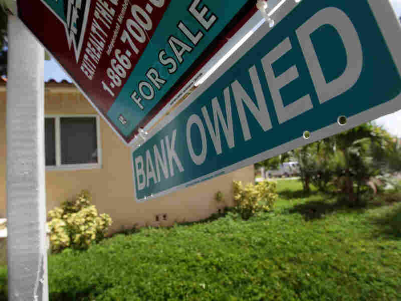 how to buy a foreclosed home with bad credit