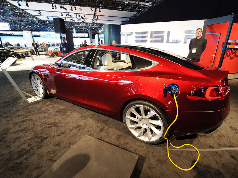 Electric Vehicle Companies Tap Silicon Valley Cash