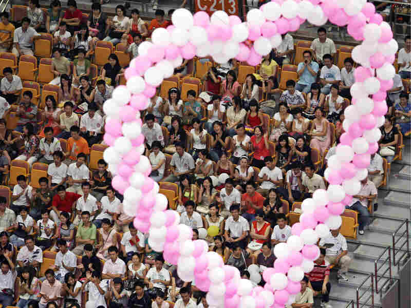 30,000 singles attend a matchmaking fair in Wuhan, China, in 2007