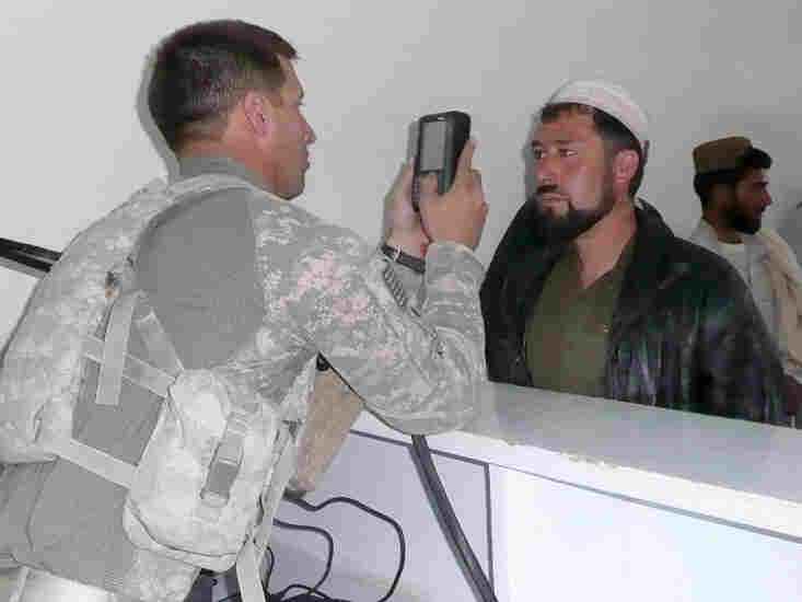 U.S. troops use biometric screening to try to catch insurgents