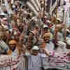 Christian's Death Verdict Spurs Holy Row In Pakistan