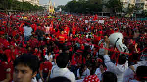 Red Shirt anti-government protesters demonstrate in Bangkok, Dec. 10, 2010