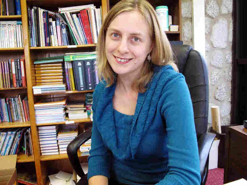 Rachel Mertz, coordinator of volunteers for Giving + Learning