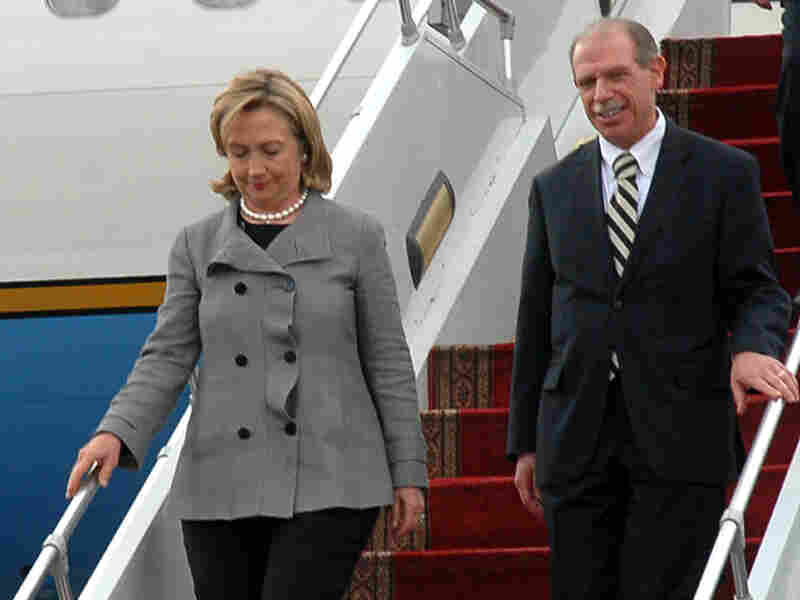 U.S .Secretary of State Hillary Clinton arrives at Sanaa