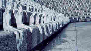 Minimum Monument ice figures melting