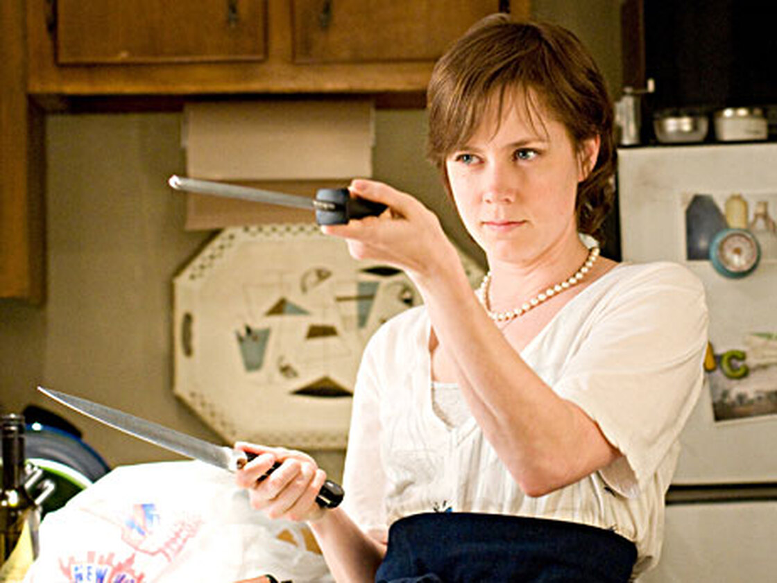Amy Adams as Julie Powell in Julie & Julia.