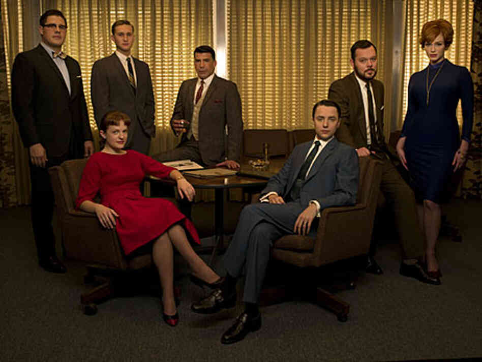 Mad Men cast members Rich Sommer, Elisabeth Moss, Aaron Staton, Bryan Batt, Vincent Kartheiser, Mich
