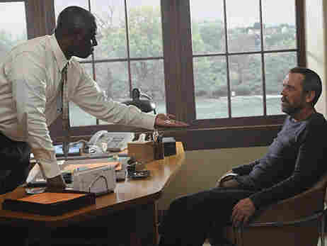 Andre Braugher and Hugh Laurie in the season premiere of Fox's 'House.'