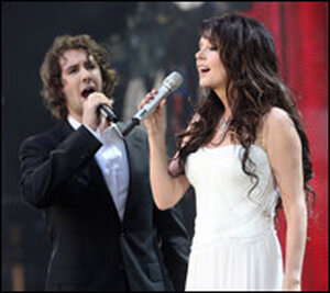 Josh Groban and Sarah Brightman perform at the Concert for Diana in London in 2007.