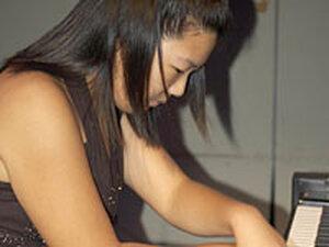 Pianist Grace Cheon