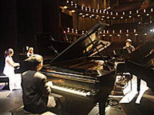 Pianists from the Ellen Masaki School of Music