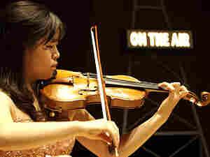 Violinist Ga-Yeon Lee