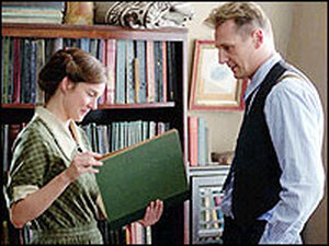 Laura Linney and Liam Neeson in 'Kinsey'