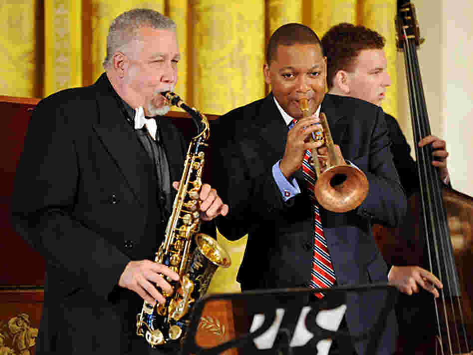 Paquito D'Rivera (left) and Wynton Marsalis lead the White House jam session for young musicians.
