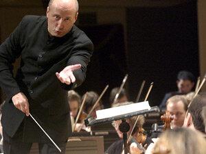 Conductor Paavo Järvi  and the Cincinnati Symphony