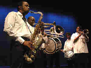 Hot 8 Brass Band (300)