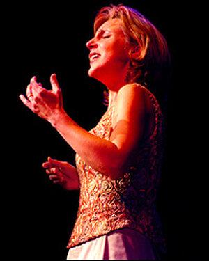 Dawn Upshaw in recital