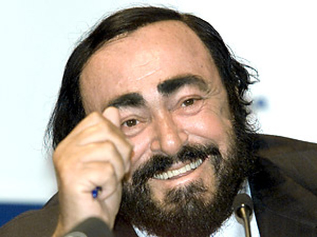 Luciano Pavarotti enjoyed passing tips for good singing on to a younger generation of singers. (Getty Images)