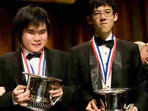 Van Cliburn stands with four of the six finalists in the 2009 Van Cliburn International Piano Compet