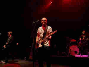 Travis Live 300