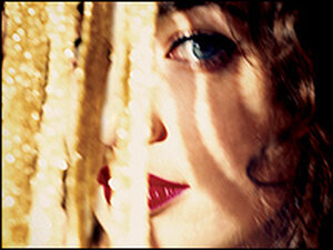 Regina Spektor, in the midst of a full-blown star turn.
