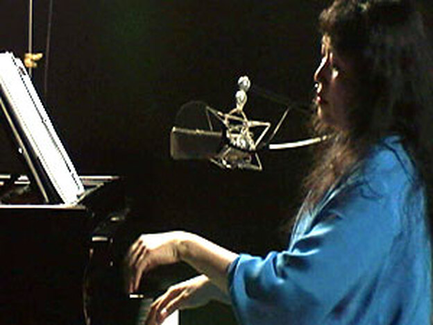 """Watch Wu Han play the barcarolle called """"June,"""" from Tchaikovsky's The Seasons."""