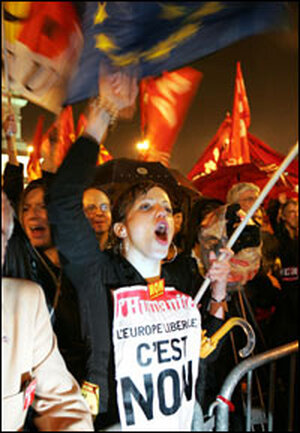 'No' vote supporters celebrate in Paris.