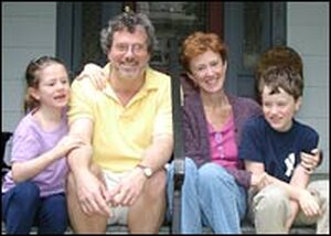 Marjorie Williams, Timothy Noah, and their children Alice and Will Noah