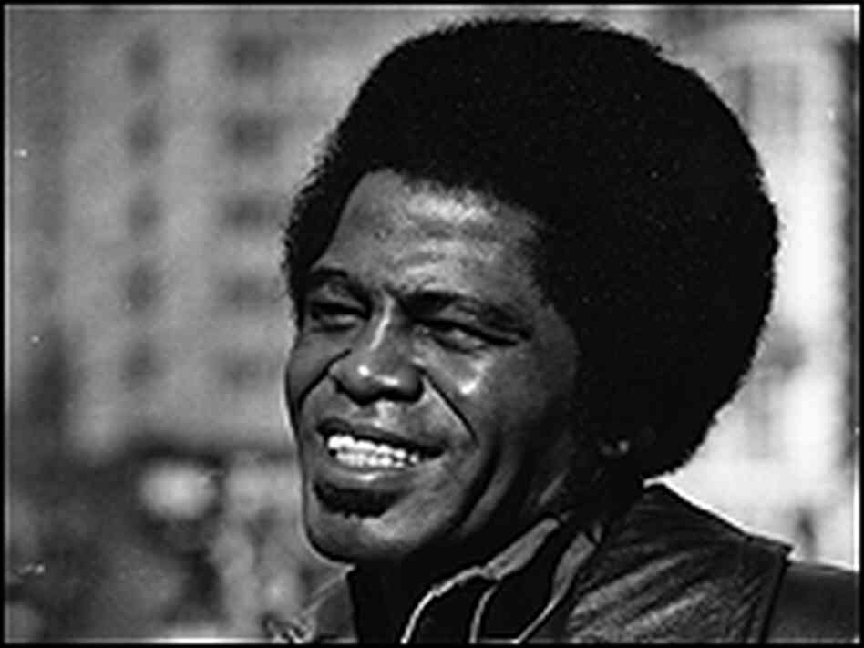 James Brown with the afro that came before the pompadour in a 1971 photo.