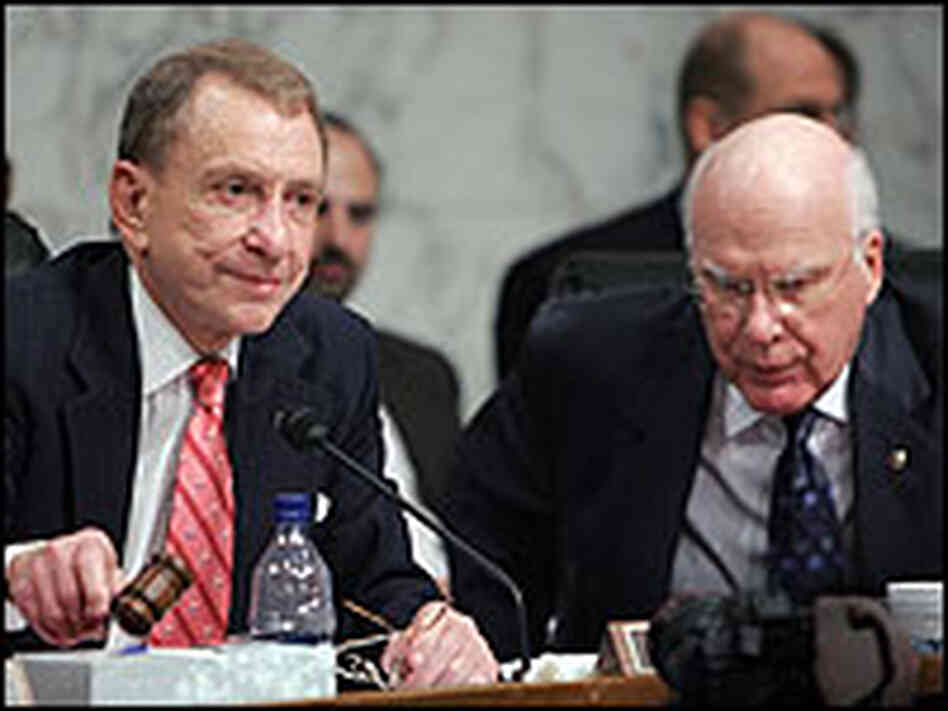Sen. Arlen Specter and Sen. Patrick Leahy at committee hearing.