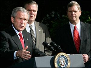 President Bush; Florida's Gov. Jeb Bush (center); Iowa's Gov. Tom Vilsack