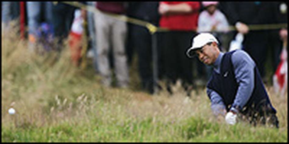 Tiger Woods got off to a rough start Thursday as he tried to defend his British Open title.