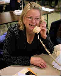 Edwards phone volunteer