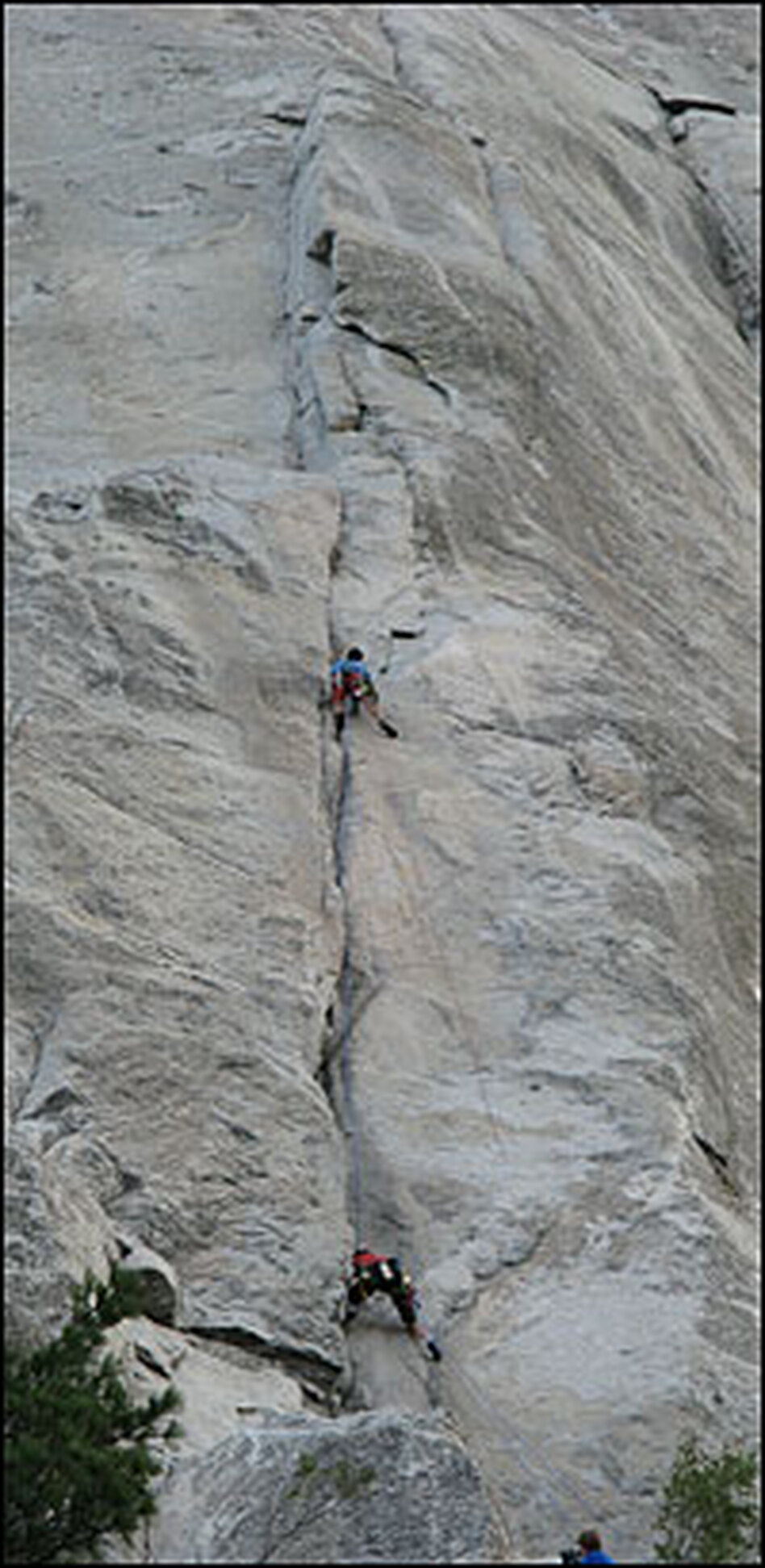 The American-Japanese climbing duo of Hans Florine and Yuji Hirayama climbed the nose of El Capitan on Wednesday, with Hirayama leading.