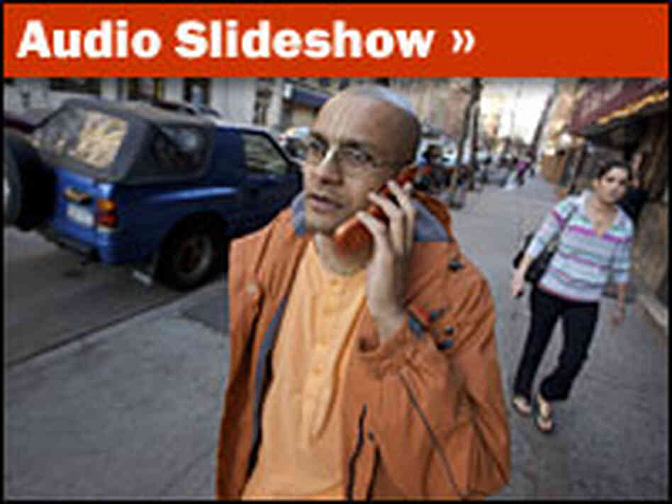 Audio Slideshow: A Day in the Life of an Urban Monk
