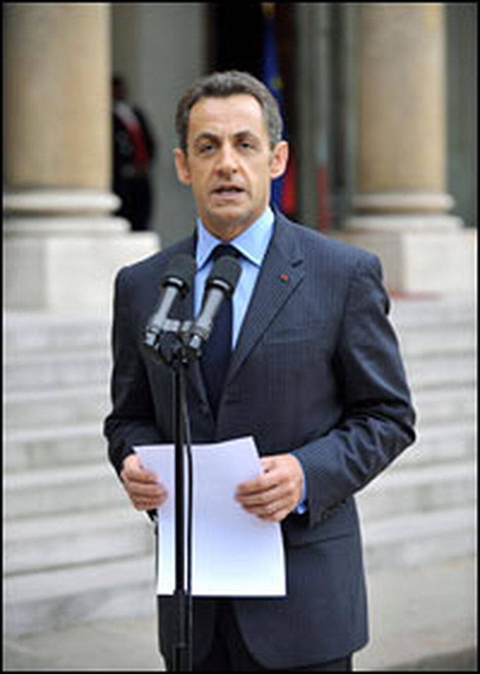 French President Nicolas Sarkozy addresses reporters in Paris, Oct. 6, 2008, before an emergency meeting with the country's leading bankers and insurers amid the ongoing global financial crisis.