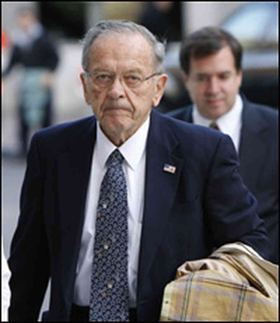 Sen. Ted Stevens arrives at federal court.